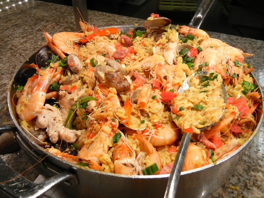 Seafood paella is delicious.