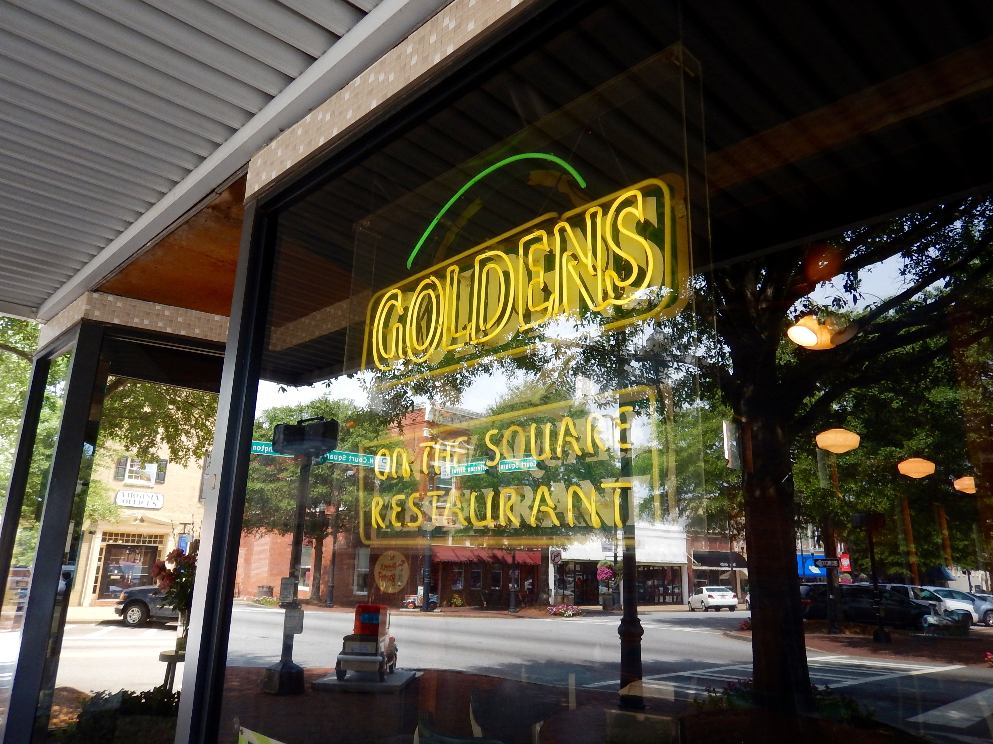 Greasy Goodness At Goldens In Newnan Friday Date Night
