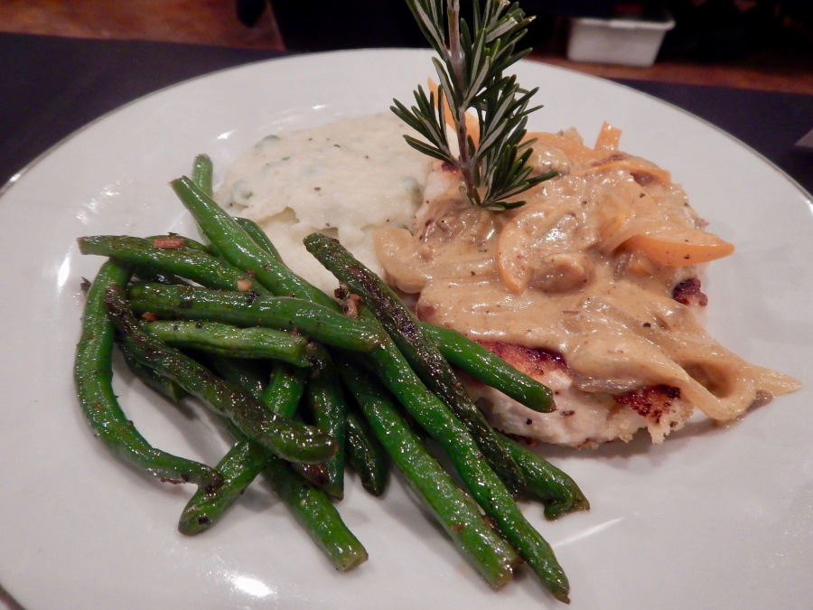 Gourmet Guys: Rustic curry chicken with garlic green beans and cauliflower mash